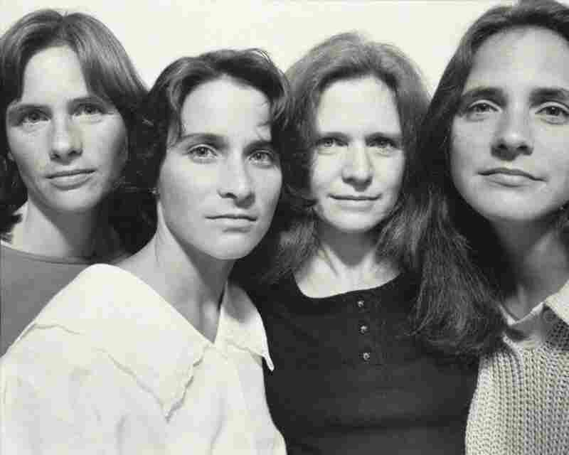 The Brown Sisters, Cambridge, 1986.  Nicholas Nixon)