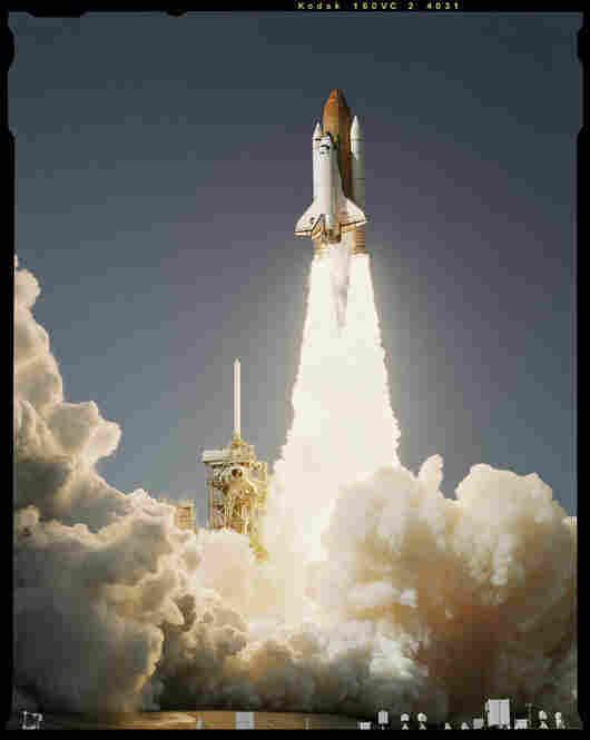 Shuttle Launch, Kennedy Space Center, Cocoa Beach, Fla., Oct. 27, 1998, Esquire