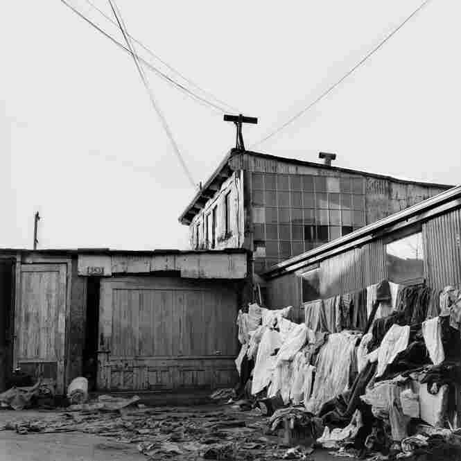 Exterior view of house in West Oakland, Calif., circa 1963, where Leonard lived with her then-husband.