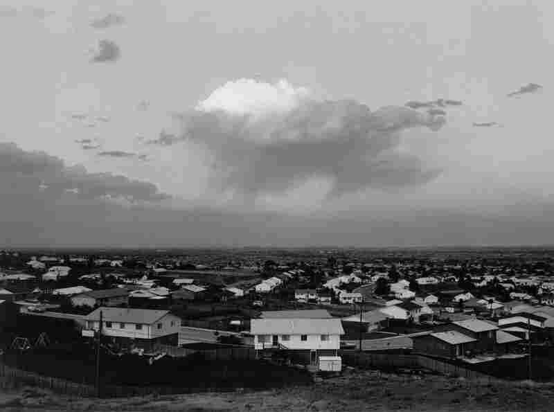 Tract Housing, North Glenn and Thornton, Colo., 1973, Robert Adams.