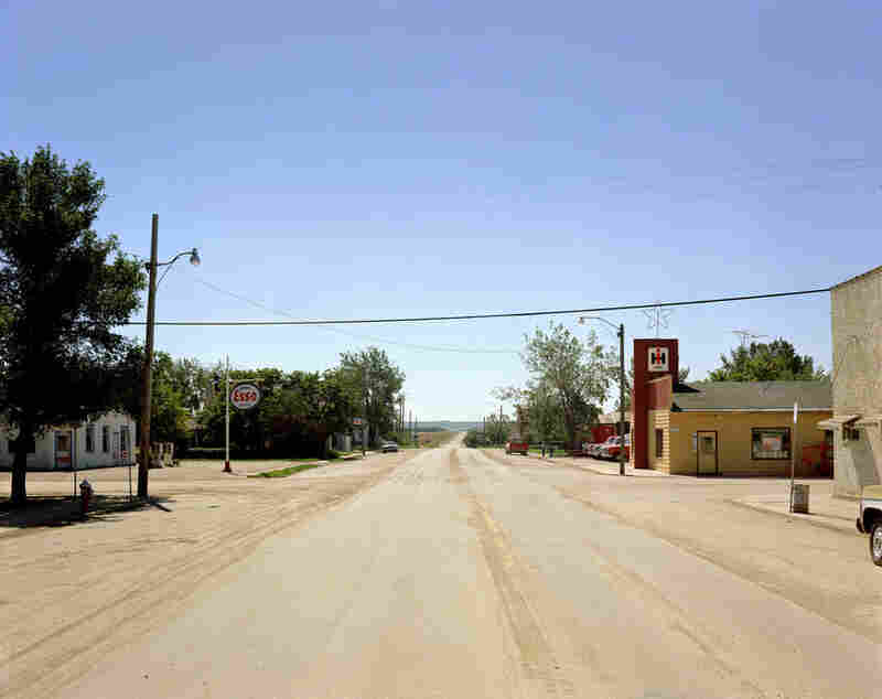 Pronton Avenue, Gull Lake, Saskatchewan., Aug. 18, 1974, Stephen Shore