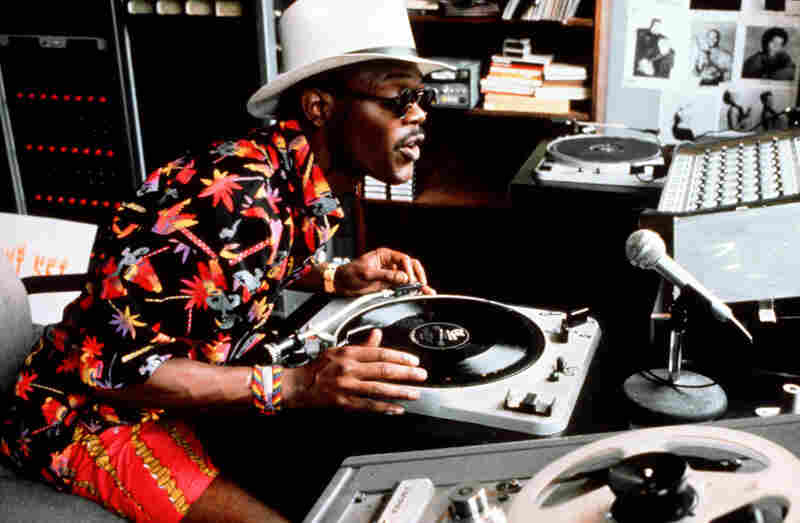 Samuel L. Jackson's character, Mister Senor Love Daddy, the local disc jockey, provides running commentary throughout the film. The issue of urban violence is raised but not really resolved.  Do The Right Thing ends on an ambivalent note with two contradictory quotations about violence from Malcolm X and Dr. Martin Luther King Jr.