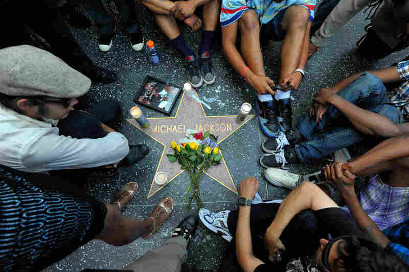 Fans actually gathered around the star of a former KABC radio personality with the same name. The pop star's memorial, located near Grauman's Chinese Theatre on Hollywood Boulevard, was covered with scaffolding in preparation for the filming of a movie.