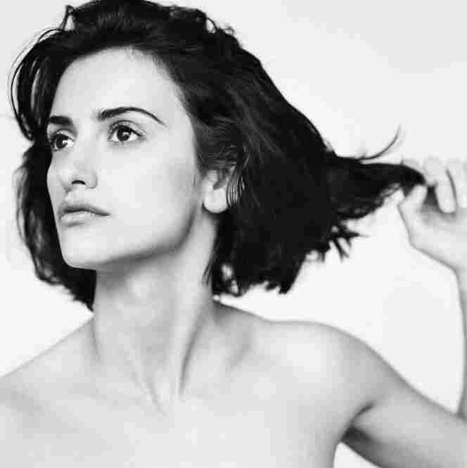 """Penelope Cruz is a great beauty. I always try to photograph actresses in a very spare way, with no makeup; just as people,"" Lacombe writes. Penelope Cruz, Paris, 2002"