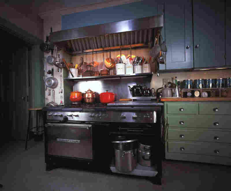 Overall, the museum exhibit contains about 1,200 items from Child's kitchen, including her Garland six-burner gas stove – seen here in the kitchen's original location in Cambridge.
