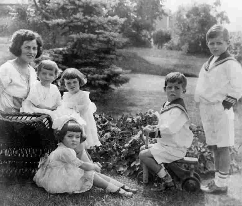 She was the younger sister of President John F. Kennedy, and the fifth and middle child in the Kennedy family. Here, Rose Kennedy and her children, circa 1922. L-R: Rose Kennedy, Eunice Kennedy, Kathleen Kennedy, Rosemary Kennedy (seated in foreground), John F. Kennedy, and Joseph P. Kennedy Jr.