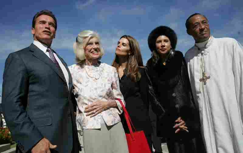 Shriver appears with her son-in-law, California Gov. Arnold Schwarzenegger and daughter Maria Shriver, as well as Rachel Murph and Frederick Murph, pastor of Brookings Community AME Church in Los Angeles on Nov. 5, 2006.