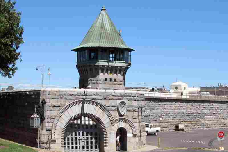 Folsom State Prison was built in 1878. Its 25-foot walls are made of granite blocks. The prison was built here because of the nearby granite quarry.
