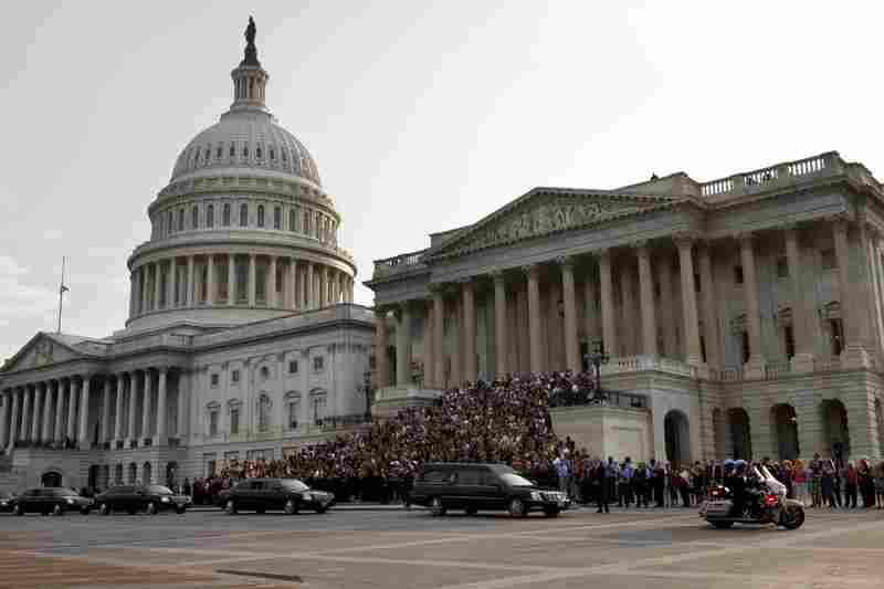 The hearse bearing the remains of Sen. Kennedy leaves the Capitol in Washington.