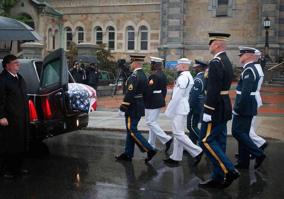 Senator Edward Kenedy Casket: Photo Gallery: Honoring Sen. Edward Kennedy : NPR
