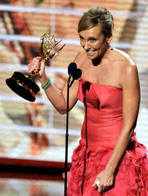 Toni Collette won the award for best lead actress in a comedy for her role as Tara, a woman with multiple personalities, in United States of Tara.