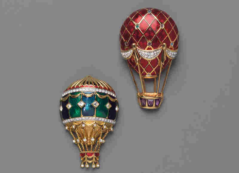 Red Balloon, Swarovski (Austria), 1992; Green Balloon, Swarovski (Austria), 1992 - Butterflies, flowers or balloons like these symbolized that all was well, or that she was hopeful a meeting would go smoothly.