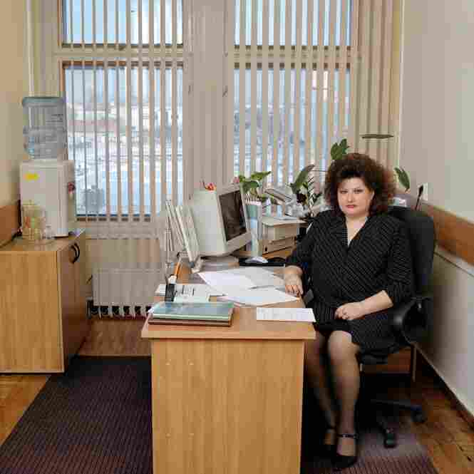 Marina Nikolayevna Berezina, a former singer and choir director, is now the secretary to the head of the financial department of Tomsk province's Facility Services. She doesn't want to reveal her monthly salary. Standard working week: 45 hours