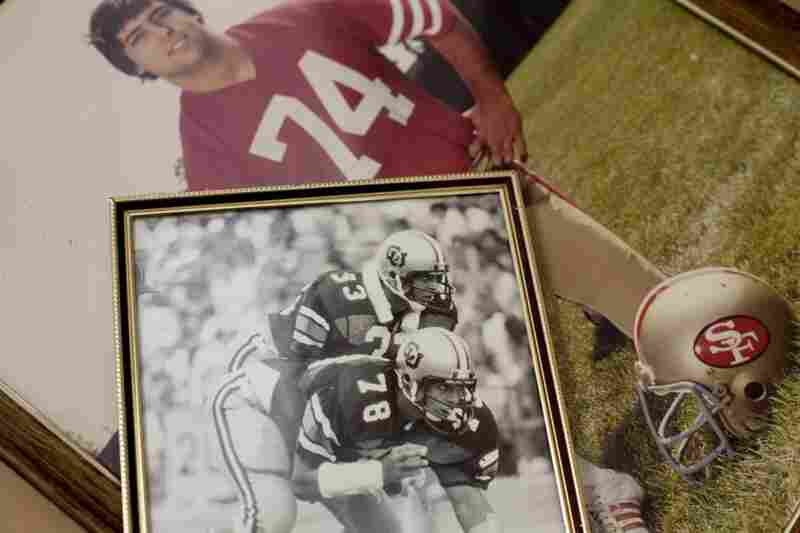 Visger was No. 78 on the University of Colorado Orange Bowl team in 1977 and No. 74 on the 49ers 1981-82 Super Bowl championship team.