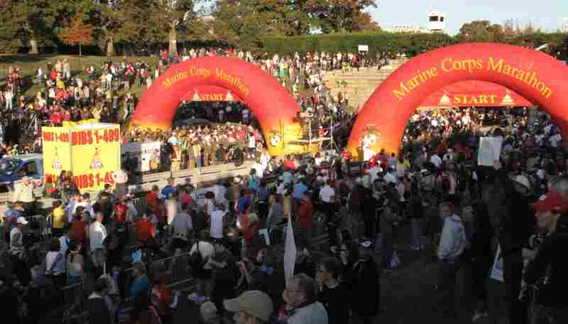 Almost thirty thousand runners from around the world participated in the marathon, which began by Arlington Cemetary.