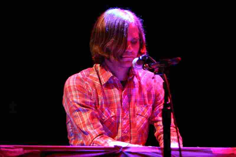 Benjamin Gibbard and Jay Farrar, performing live at the 9:30 Club in Washington, D.C.