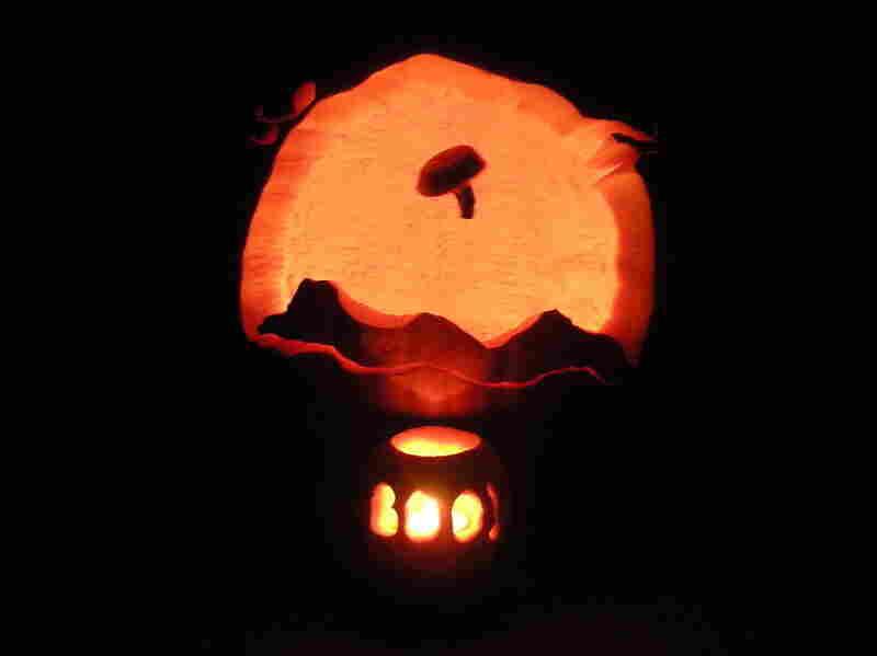BOOlloon Boy Pumpkin.
