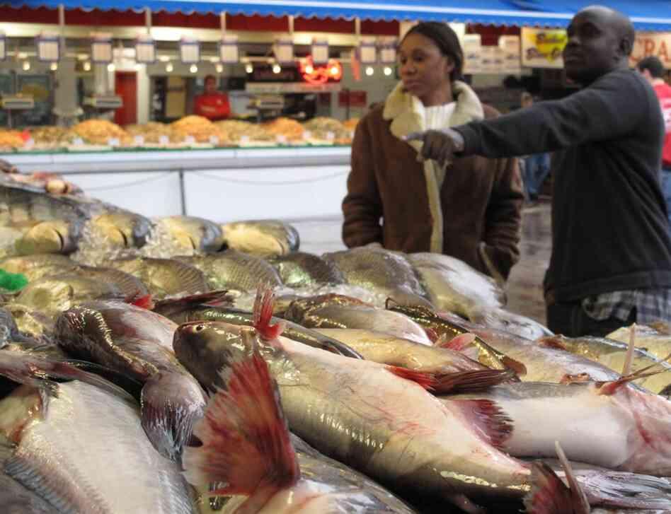 Maine avenue fish market knights in training npr for Maine fish market