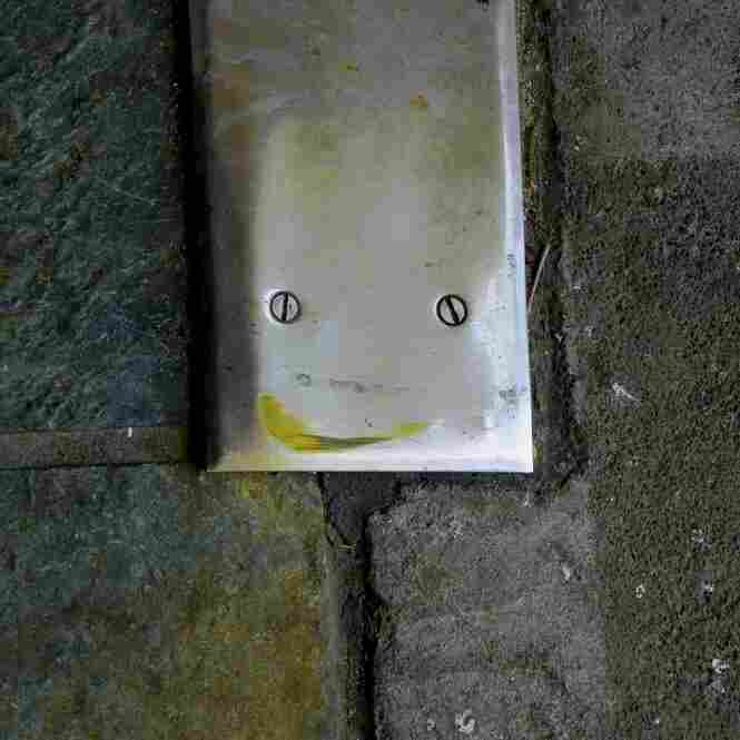 Door plate smiley
