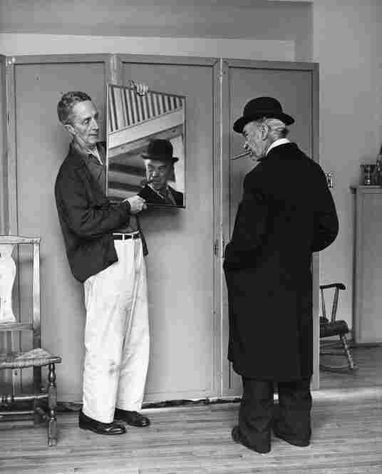 Kalischer has always been reluctant to associate himself with Rockwell's work. His photographs appear in neither the exhibition at the Norman Rockwell Museum nor in the book Norman Rockwell: Behind the Camera. Here, in 1958, Rockwell works with model Tom Carey.
