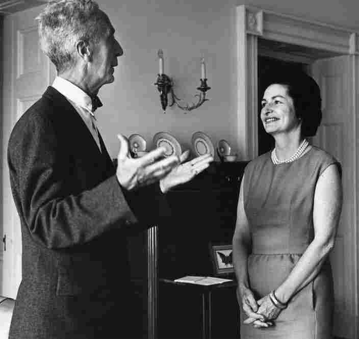 Kalischer would even drive Rockwell to various shoots. He accompanied him to the White House, for example, to photograph Lady Bird Johnson in the early 1960s.