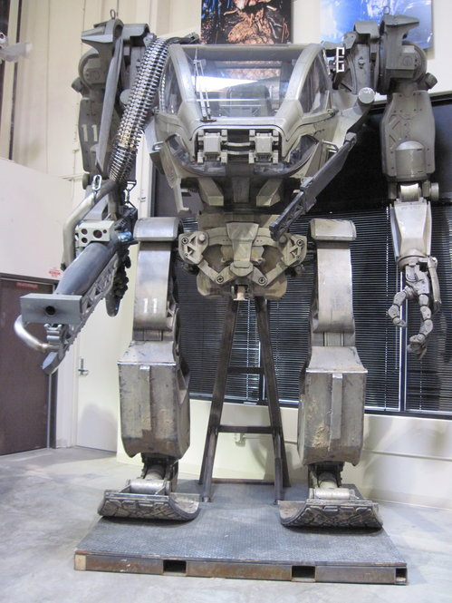 The Armored Mobile Platform (AMP) tank suit from Avatar stands 13.5 feet tall. It was constructed from 200 separate pieces, all hand-detailed, to give it a metal textured look.
