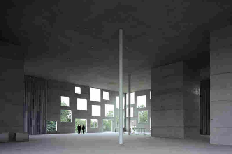 Interior of the Zollverein School of Management and Design (Essen, Germany, 2006).
