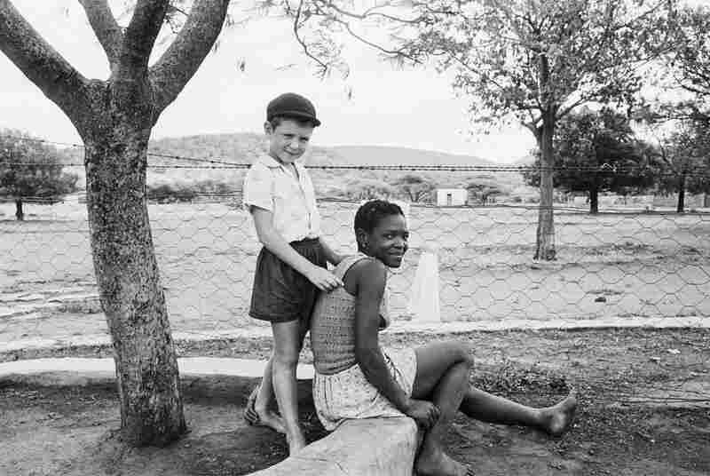 A farmer's son with his nursemaid, Heimweeberg, Nietverdiend, 1964