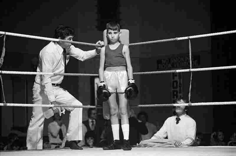 Before the fight: amateur boxing at the Town Hall, Boksburg, 1979–80