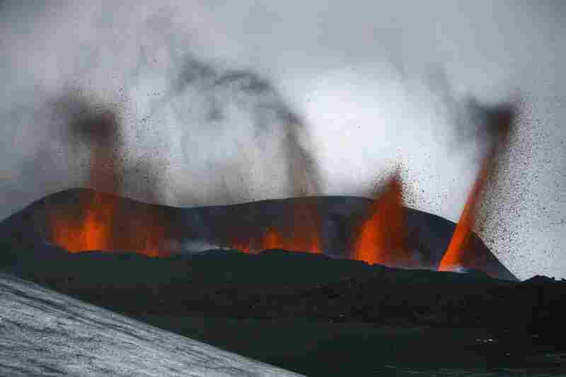 The volcanic eruption on March 21 forced more than 600 people to flee their homes in Iceland.