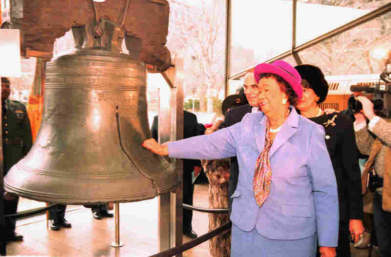 Height taps the Liberty Bell to commemorate the birthday of Martin Luther King Jr. on Jan. 20, 1992. The bell ringing was simultaneous in hundreds of cities and countries around the world.