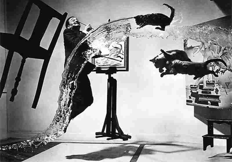Salvador Dali, Atomicus, 1947