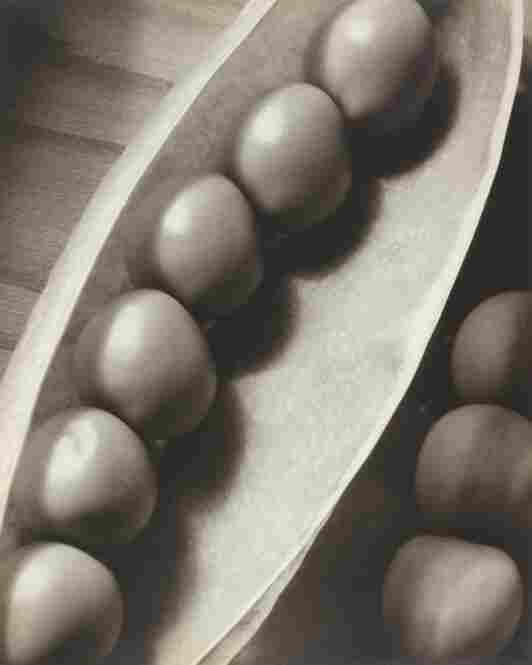 Peas in a pod, circa 1935