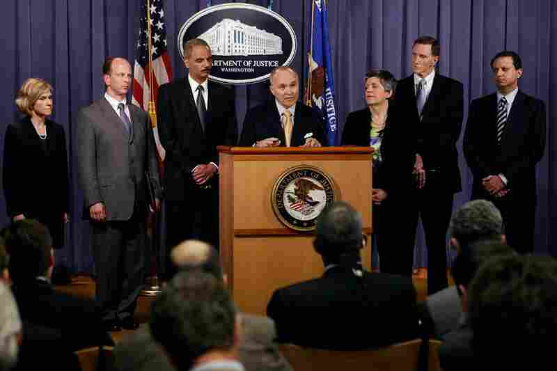 New York City Police Commissioner Raymond Kelly (center) speaks Tuesday at the Department of Justice headquarters in Washington, D.C., regarding the investigation into the attempted bombing.