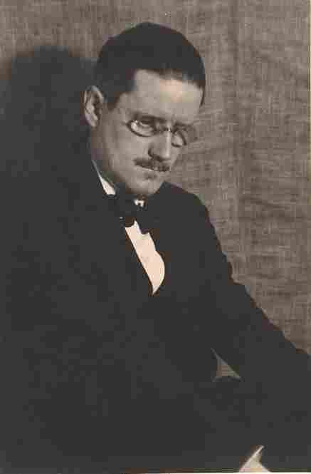 James Joyce, 1922