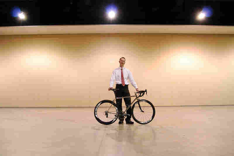 This versatile road bike won Best of Show for Dave Wages of Ellis Cycles in Waterford, Wis. The steel bike was built to help a rider tackle San Francisco's hills.