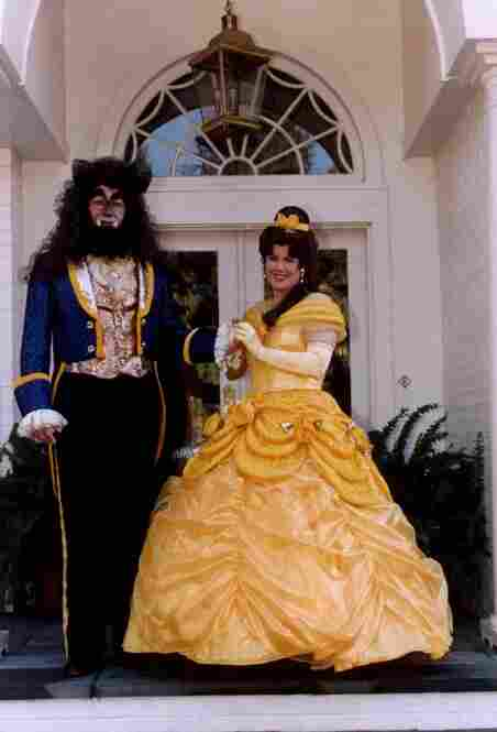 After Al Gore was elected vice president, the couple started a tradition of dressing up for Halloween at the vice president's mansion. In 1995, they portrayed Beauty and the Beast.