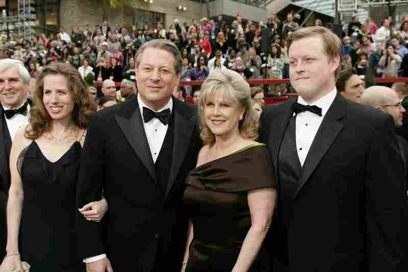Al Gore, Tipper, daughter Kristin Gore (left) and son Albert Gore III arrive at the 79th Academy Awards on Feb. 25, 2007. Al Gore's film on climate change, An Inconvenient Truth, won the Oscar for Best Documentary Feature.
