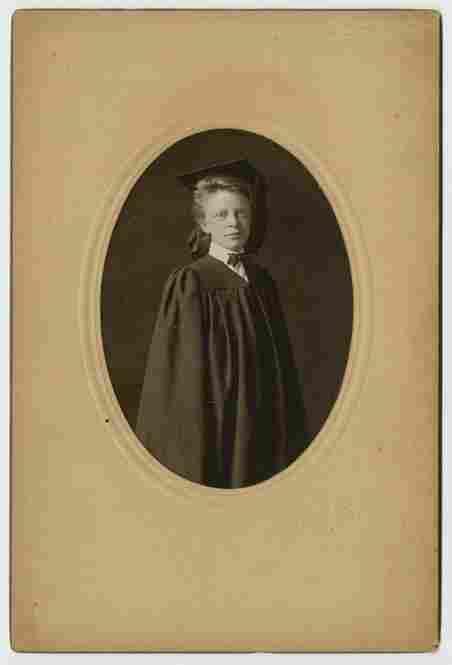 A young woman's graduation portrait, Exeter, N.H., 1905, Cunningham Photographic Studio