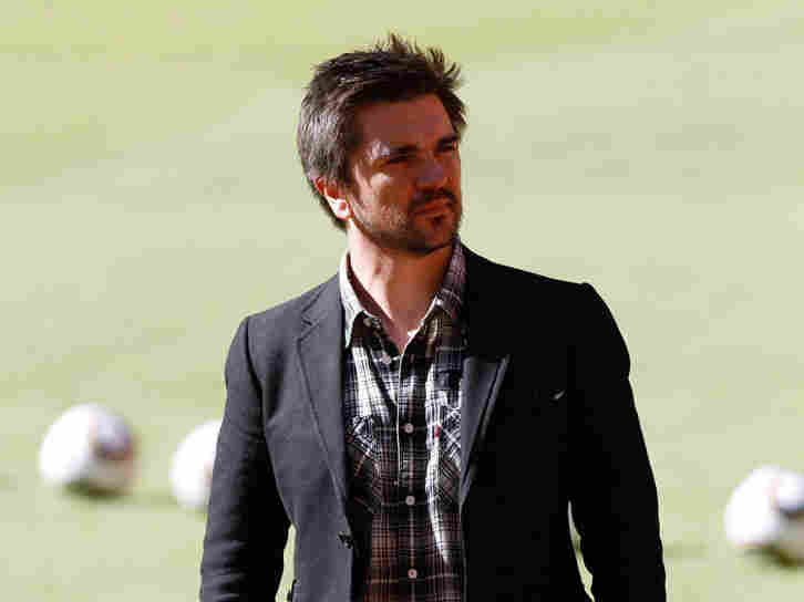 Juanes at the 2010 World Cup