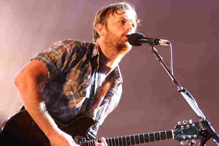 """Shantel Mitchell, Bonnaroo 2010: Kings Of Leon live from the """"What"""" stage."""