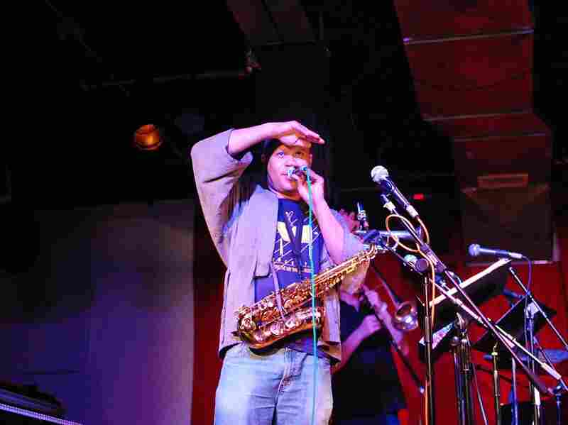 Steve Coleman addresses the crowd at a jam-packed, poorly-ventilated and ecstatic Sullivan Hall after his show.