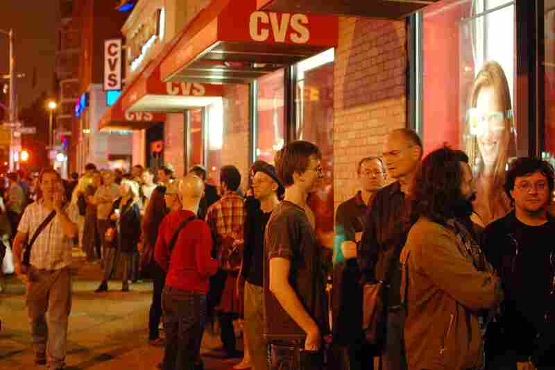 The line for the John Hollenbeck Large Ensemble show at Le Poisson Rouge extended down the block and wrapped halfway around the next.