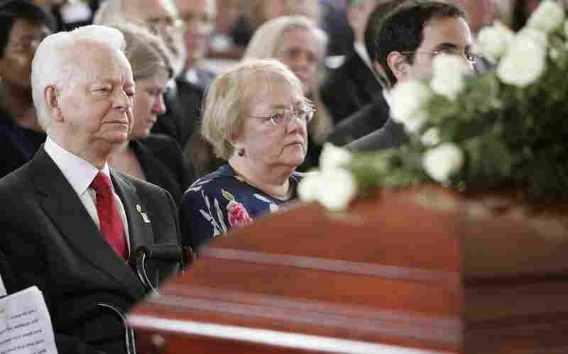 Byrd attends a funeral service for his wife in April 2006, at the Memorial Baptist Church in Arlington, Va. The couple married in May of 1937 and had two daughters.