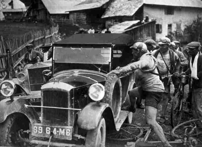 The early years were full of common obstacles. A car hit Felix Sellier during a Tour in the early 1920s.