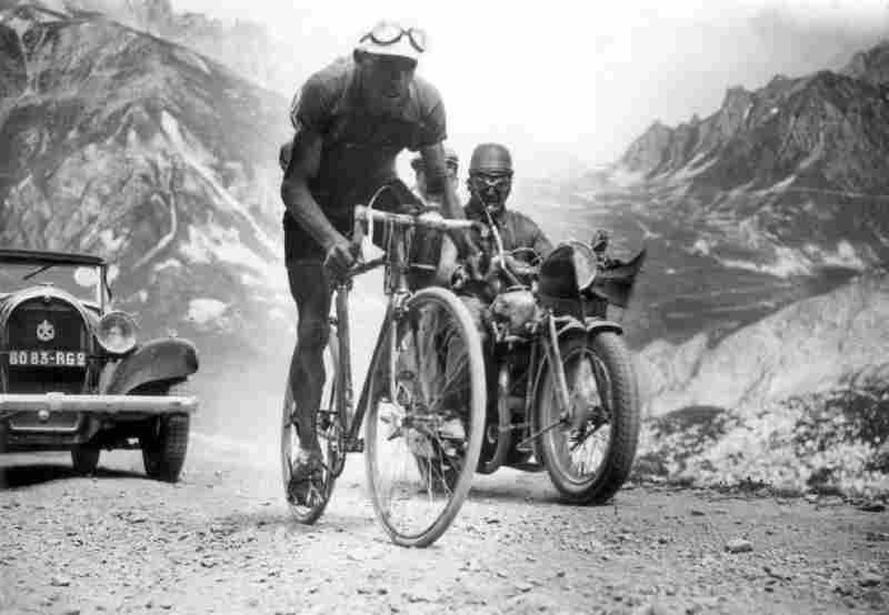 Federico Ezquerra of Spain climbs to the top of the Galibier stage in 1934.