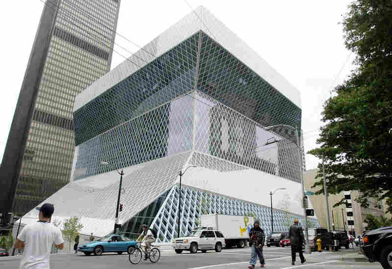 Architect: Rem Koolhaas (Office for Metropolitan Architecture) Structure: Seattle Central Library Year Completed: 2004