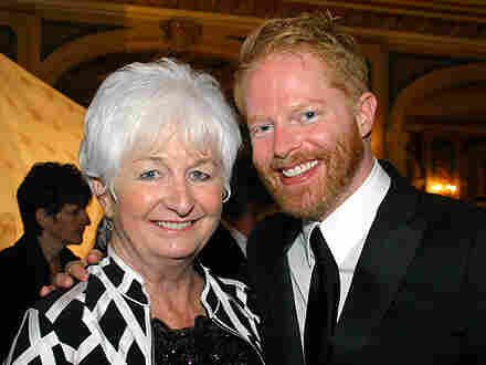 Jesse Tyler Ferguson poses with his mother