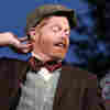 Jesse Tyler Ferguson Talks Shakespeare, 'Modern Family,' And His Emmys Date