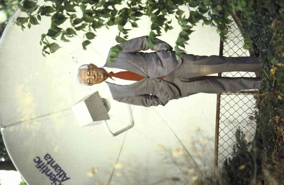 Schorr is pictured in 1982 with a 10-foot satellite dish in front of his home in Washington, D.C.'s Cleveland Park neighborhood. In 1979, Ted Turner gave him the dish — the first residential one to be installed in the city — after hiring Schorr, then 62, as the marquee correspondent for CNN.